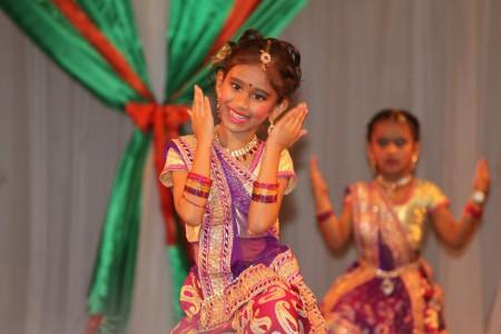 Laksha Dancing Dolls (30)
